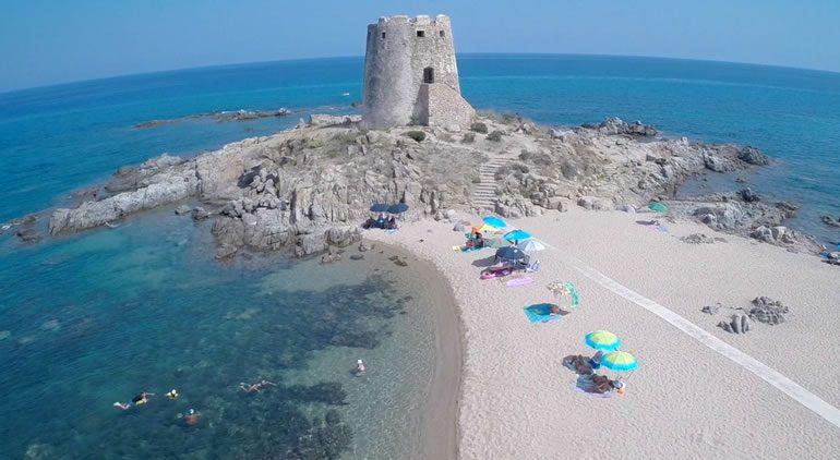 The hotel beach Hotel La Torre
